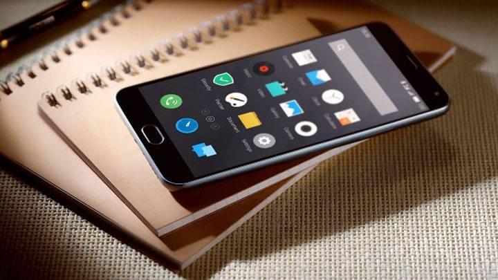 9 best waterproof smartphones available in India