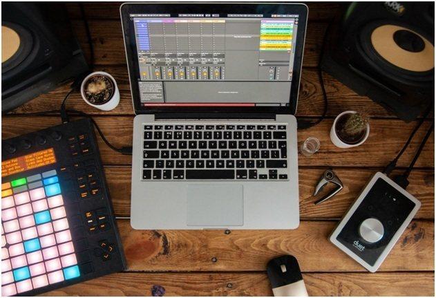 Using Sampling Beats Click Fraud